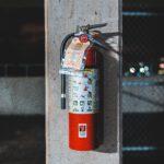 Hoe wordt een brandblusser eigenlijk gevuld?